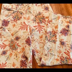 Perfect Jeans for Fall w Autumn Pattern/Colors! 6P